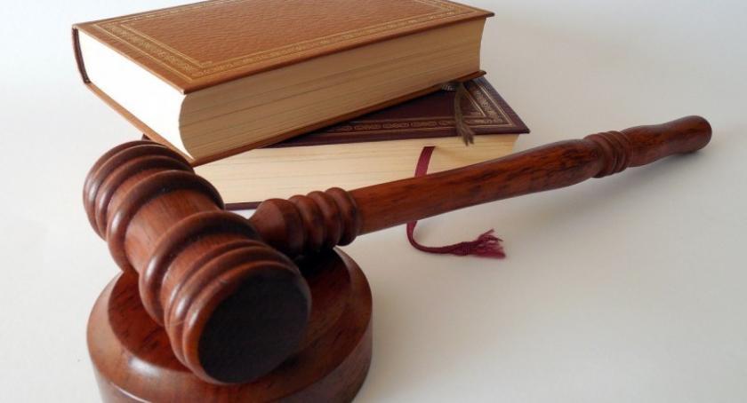 Prawo, Prawnik radzi przedawnienie roszczeń - zdjęcie, fotografia