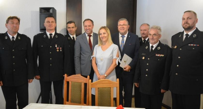 Straż pożarna, Jednostki zakupią sprzęt dzięki dofinansowaniu urzędu marszałkowskiego - zdjęcie, fotografia