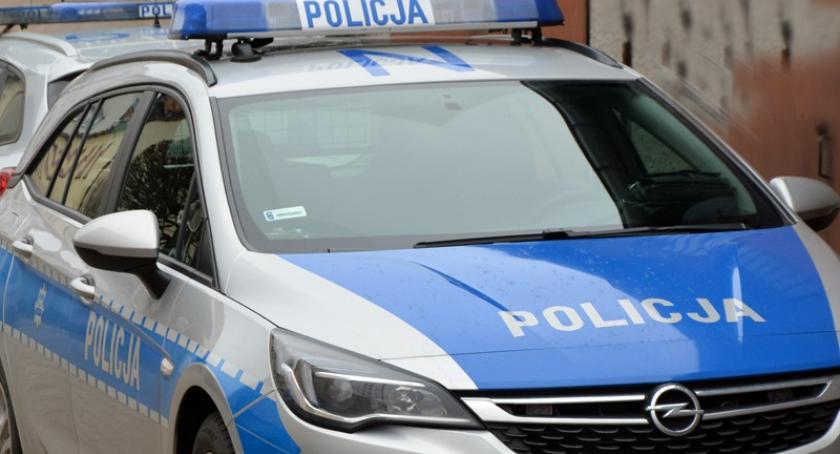 Kronika policyjna, Uszkodził toaletę galerii latek rękach policji - zdjęcie, fotografia