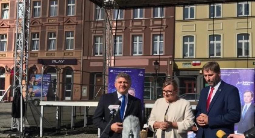 Polityka, Europosłanka Beata Kempa wizytą Kościerzynie - zdjęcie, fotografia