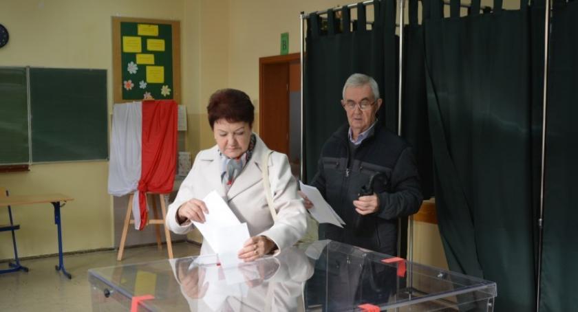 Wybory, głosował powiat kościerski! Sejmu Senatu Stanisław Lamczyk - zdjęcie, fotografia