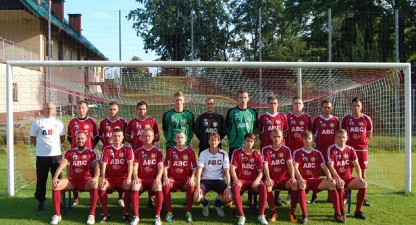 Piłka nożna, Zwycięski powrót Kaszubi - zdjęcie, fotografia