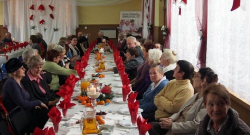 Seniorzy, Wysin Opłatkowe spotkanie seniorów - zdjęcie, fotografia