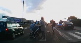 Walczą z piratami drogowymi. Do policjantów trafia coraz więcej nagrań niebezpiecznych zachowań na drodze