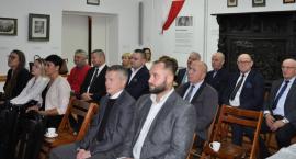 Wymieniali doświadczenia - samorządowa konferencja w Będominie