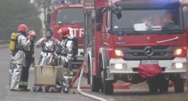 Wypadek drogowy i pożar domku letniskowego na granicy powiatów