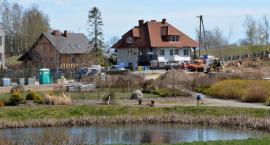 Nowa Karczma. Upiększają park wiejski
