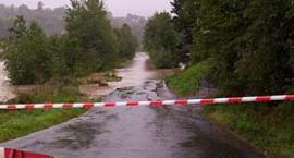 Podtopione drogi w okolicach Kościerzyny