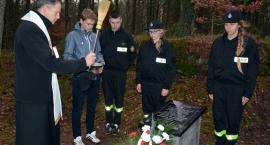 Skorzewo. Otworzyli ulicę Kościelną i tablicę upamiętniającą Cmentarz Epidemiczny