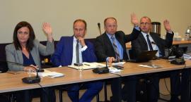 Radni stanęli w obronie dyrektora PODRu - nie zgadzają się na odwołanie Aleksandra Macha