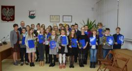 Gm. Kościerzyna. Nagrodzono najzdolniejszych uczniów i studentów