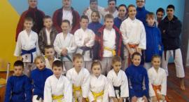 Grad medali kościerskich karateków
