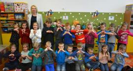 Przedszkolaki z Nowej Karczmy o tym, za co kochają babcie i dziadków