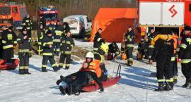 Wspólne ćwiczenia strażaków z Dziemian i Lipusza z ratownictwa lodowego