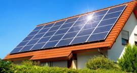 Jak fotowoltaika chroni przed kolejnymi podwyżkami cen prądu? Zatrudnij światło dzienne w Twoim domu