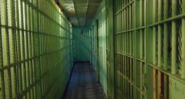 Były policjant zarzuca komedantom bezprawne przetrzymywanie go w komendzie