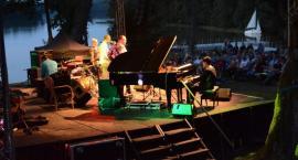 Finał Jazzu w Lesie z jubileuszem 60-lecia pracy Wojciecha Karolaka