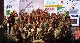 Zespół Paradise ponownie z mistrzowskimi tytułami i trofeami