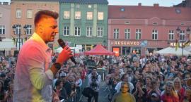 Wieczór Disco Polo przyciągnął tłumy do Kościerzyny
