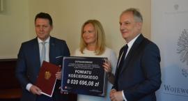 Kolejne dotacje na drogi dla powiatu i gminy Lipusz w ramach usuwania skutków po nawałnicy