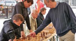 Kościerzyna. Zagrali z arcymistrzem szachowym