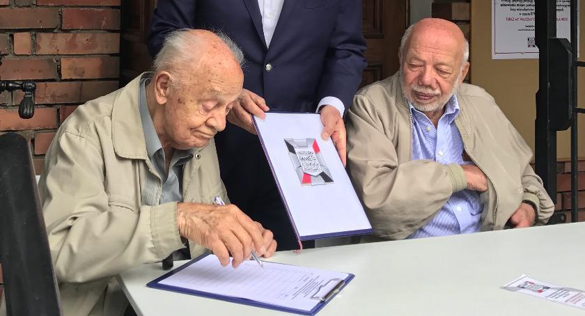 Historia, Petycja Warszawa pamięta swoich Bohaterach - zdjęcie, fotografia