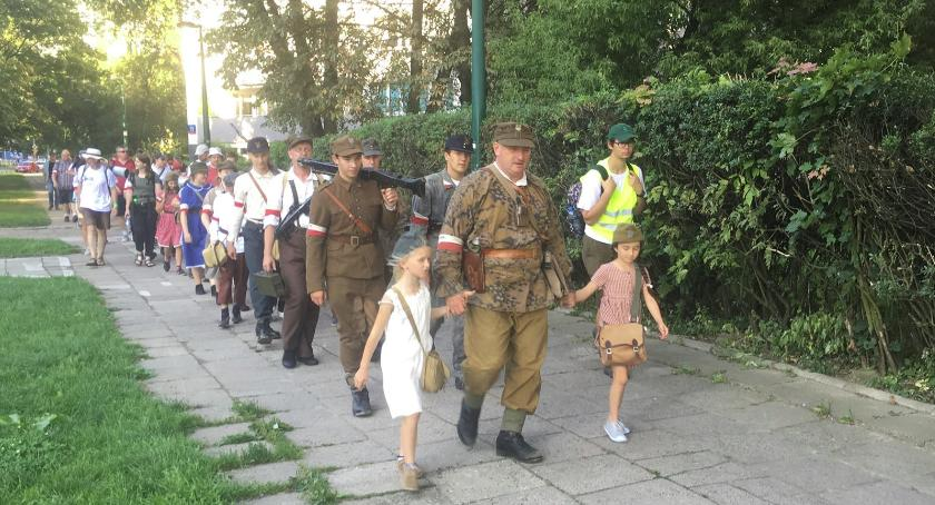 Historia, Ochota Pęcic marsz - zdjęcie, fotografia