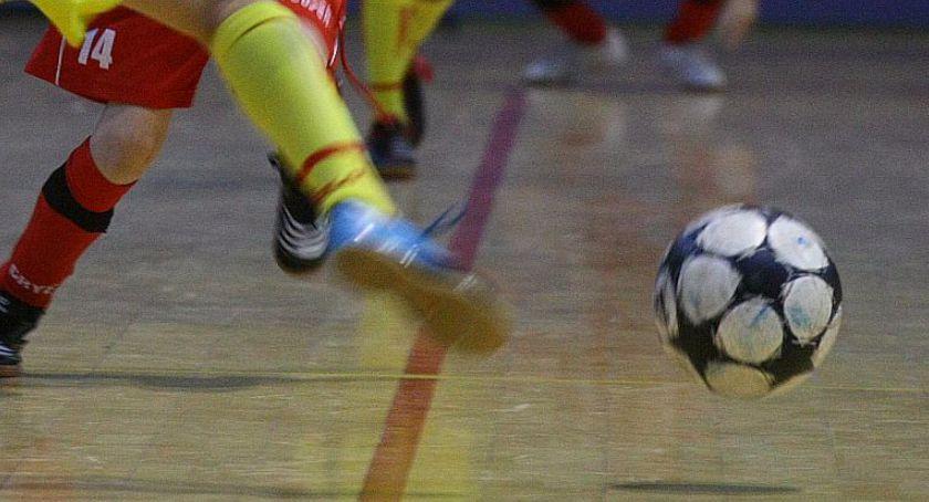 piłka nożna, Świąteczny turniej piłki nożnej Włochach - zdjęcie, fotografia