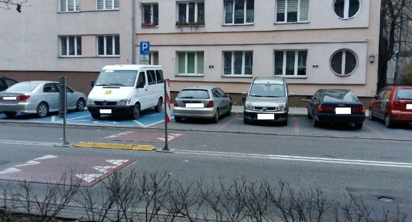 parkowanie, parkowaniu pomyśl innych - zdjęcie, fotografia