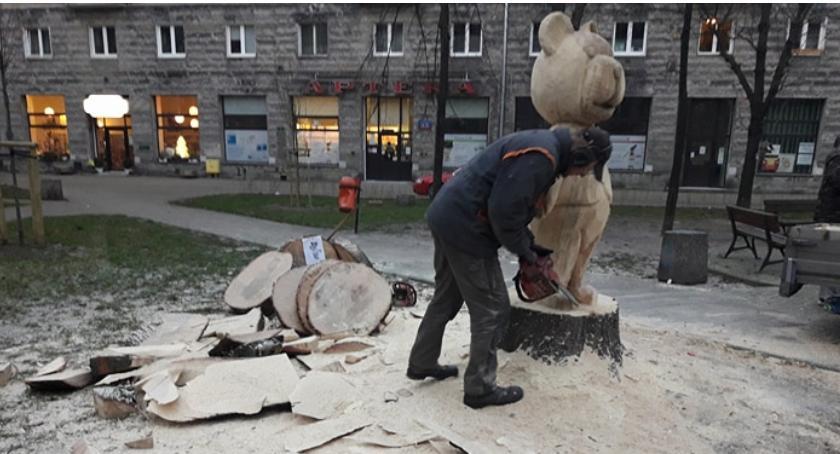 place i podwórka, mieszkańcy placu Baśniowego - zdjęcie, fotografia