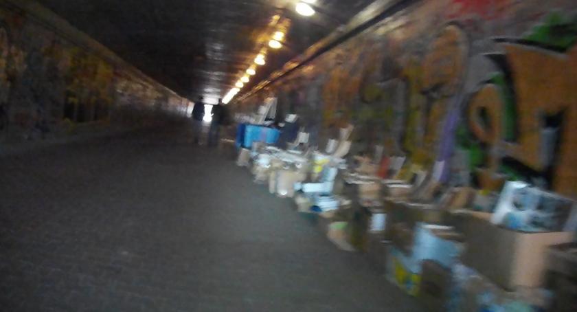 opieka społeczna, Gdzie właścicieli wiele pomocy niewiele - zdjęcie, fotografia
