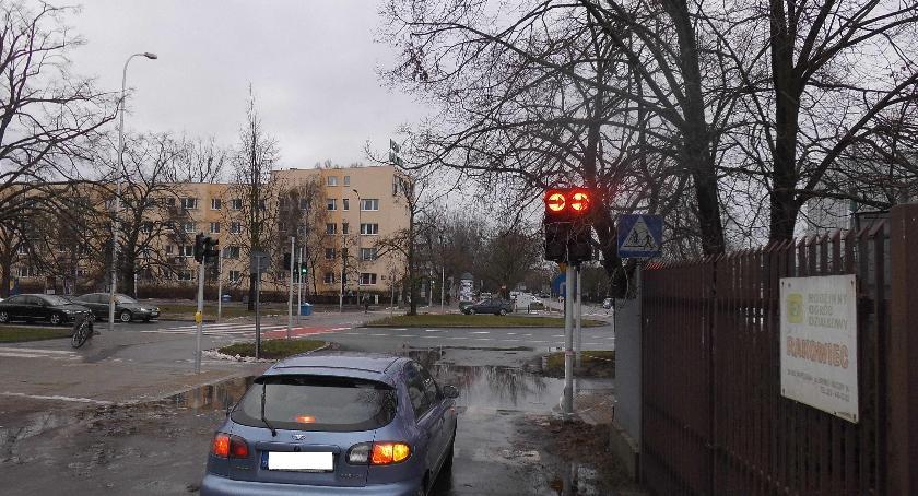 """Bezpieczeństwo, Radosna """"twórczość drogowców inżyniera ruchu - zdjęcie, fotografia"""