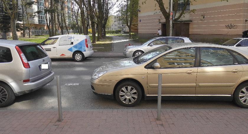 Bezpieczeństwo, Widoczny przejść pieszych - zdjęcie, fotografia