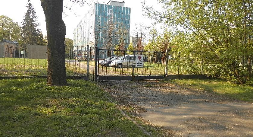 parkowanie, Zapomniany parking - zdjęcie, fotografia