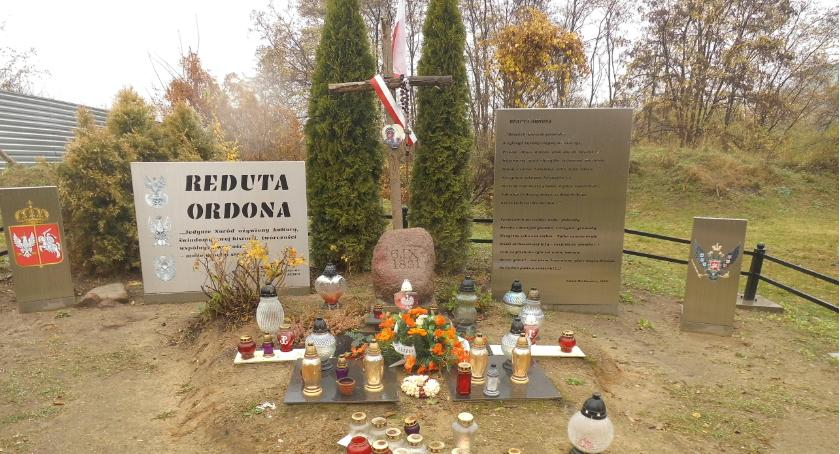 pomniki i ekspozycje, Spokój porządek Reducie Ordona - zdjęcie, fotografia