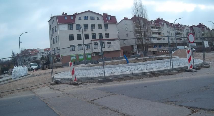 ulice, Bliżej końca budowy większy - zdjęcie, fotografia