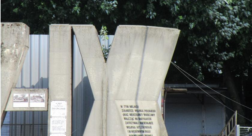 pomniki i ekspozycje, Kiedy nastąpi renowacja pomnika Barykady Września - zdjęcie, fotografia