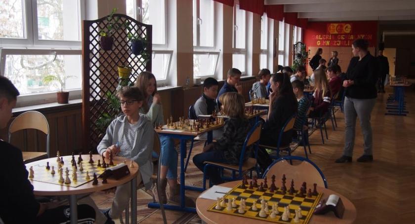 umiejętności , Turniej Szachowy młodzieży Liceum Korczaka zakończony - zdjęcie, fotografia