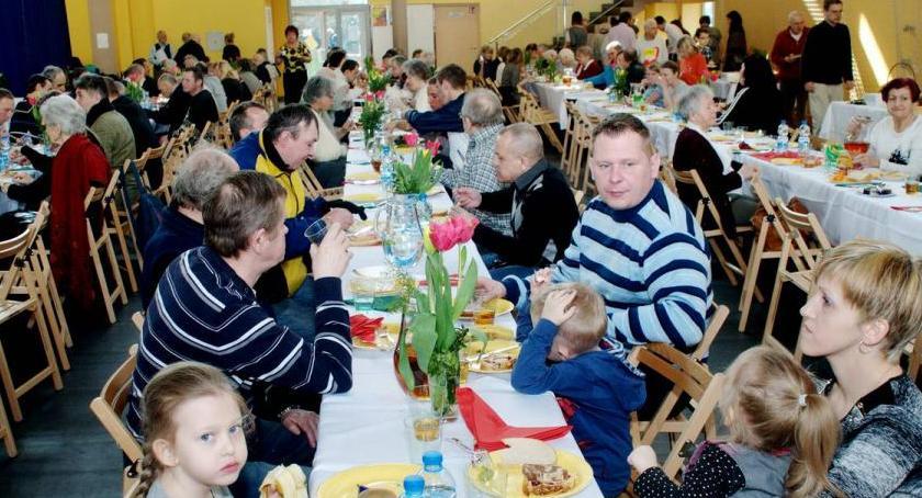 opieka społeczna, Zapraszamy tradycyjne śniadanie wielkanocne - zdjęcie, fotografia