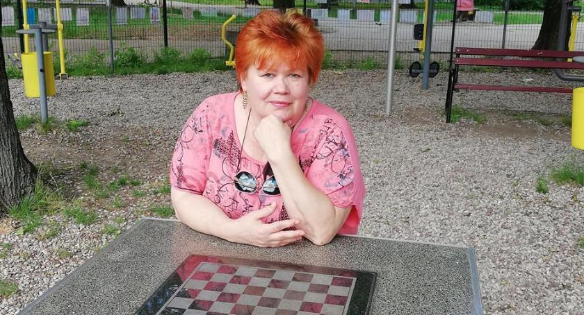 wywiady, Ochockiej Wspólnocie życzliwi ludzie którzy zadzierają - zdjęcie, fotografia