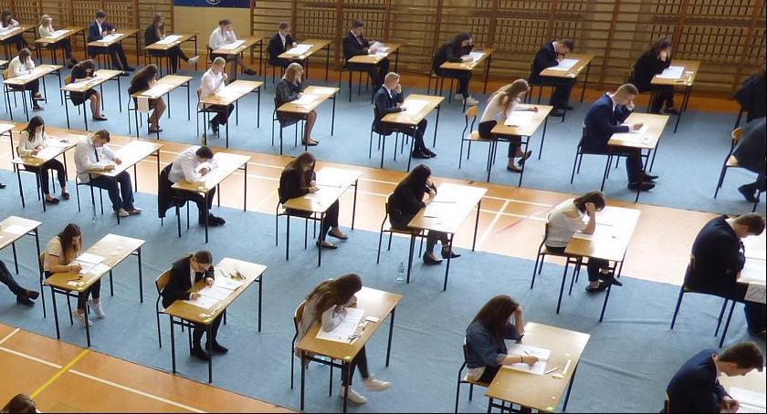 szkolnictwo, Musimy pomóc ochockim uczniom - zdjęcie, fotografia