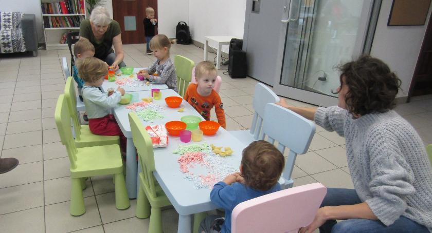 opieka nad dzieckiem, Razem Ochotą rusza Pracownia Twórcza - zdjęcie, fotografia