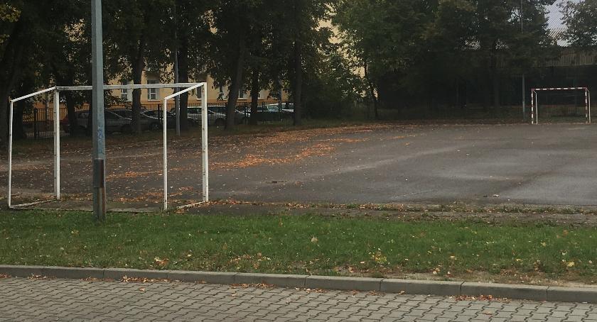 inwestycje, Rusza modernizacja boiska Skarżyńskiego - zdjęcie, fotografia