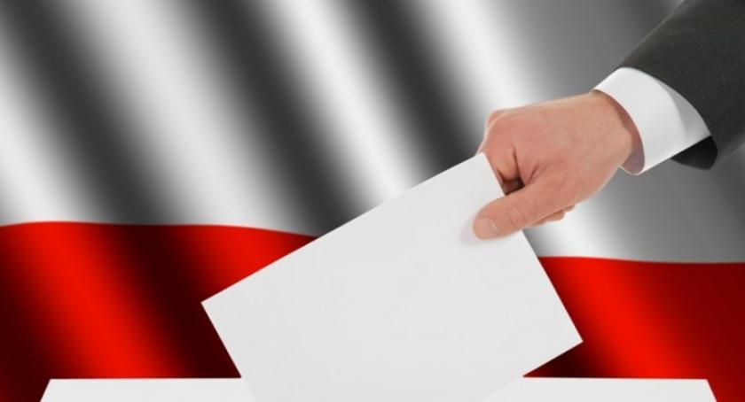 samorząd, głosować żeby głos ważny Przeczytajmy zapamiętajmy - zdjęcie, fotografia