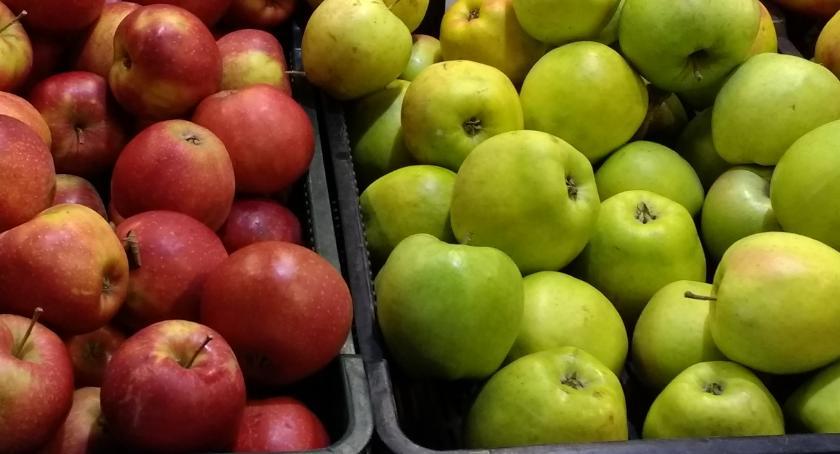 Przegląd cen na Zieleniaku, Jabłka niebywale niskich cenach! - zdjęcie, fotografia