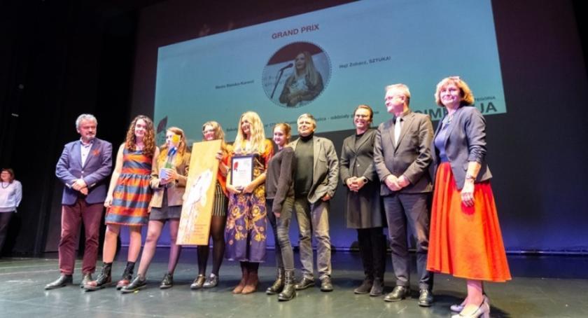 szkolnictwo, Nagrody Edukacyjno Kulturalne wreczone - zdjęcie, fotografia