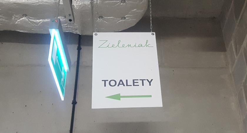 Ciekawostki z Zieleniaka, Zieleniaku znajdują toalety - zdjęcie, fotografia