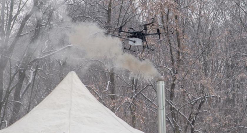 Gospodarka odpadami, Drony wykryją nielegalne paleniska - zdjęcie, fotografia