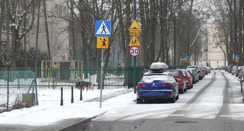szkolnictwo, blokujmy dojazdowych naszych szkół! - zdjęcie, fotografia
