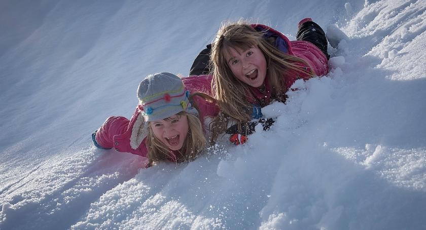 rekreacja, pomysłów zimowe atrakcje dzieci Warszawie - zdjęcie, fotografia